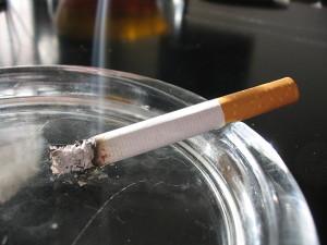 Дым-сигарет-убивает-мужскую-потенцию